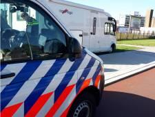 Inbreker op heterdaad betrapt in camper in Rotterdam-West