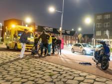 Scooterrijder (16) zonder rijbewijs en fietser (45) gewond na botsing in Alblasserdam