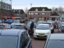 Snel betere vakken voor parkeren op de Markt in Mill