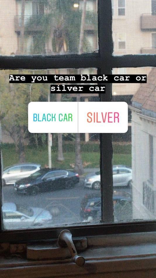 Volgers van de parkeerruzie konden zelfs hun favoriete kemphaan kiezen.