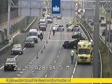 Gekantelde auto blokkeerde A28 bij Zwolle