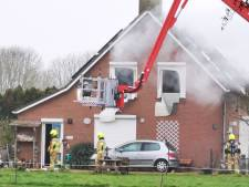 Drie doden bij woningbrand in Duiven, brand is onder controle