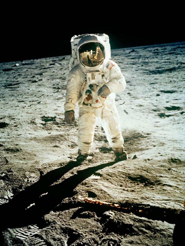 Nog nooit zette een vrouw voet op de maan. Mars is voor de vrouwelijke astronauten, vindt Allison McIntyre.
