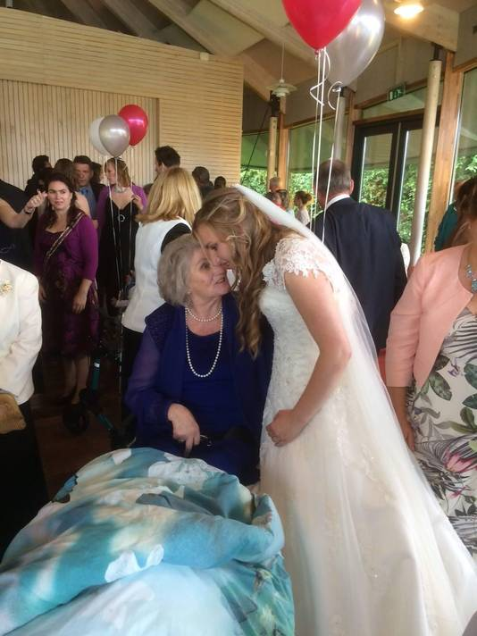 Toch getuige op de bruiloft van haar dochter