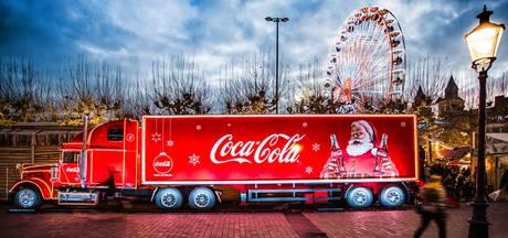 Organisatie Winter Vestingdagen Willemstad aast op kersttruck Coca Cola