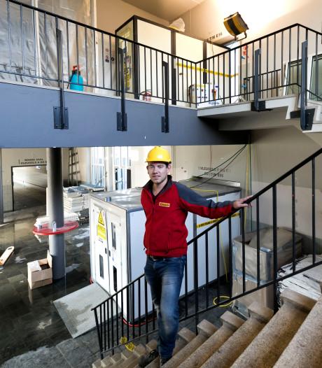 Roel Joosten van aannemer uit Best: 'Asbest saneren is zwaar werk'