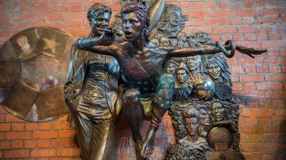 David Bowie-standbeeld al na twee dagen met verf besmeurd