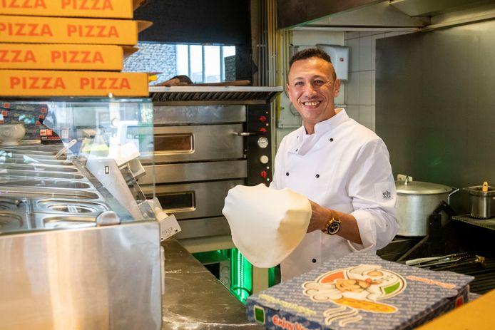 Ayman Khallaf kan weer lachen in zijn steakhouse in Nieuwleusen.