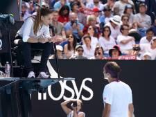 Federer betrapt op vloeken in kwartfinale