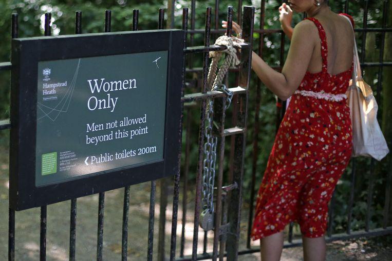 In Hampstead Heath is ook een zwemplaats voor alleen vrouwen. Beeld AFP