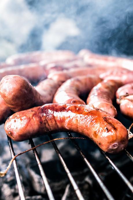 La saucisse au cannabis, future star des barbecues?