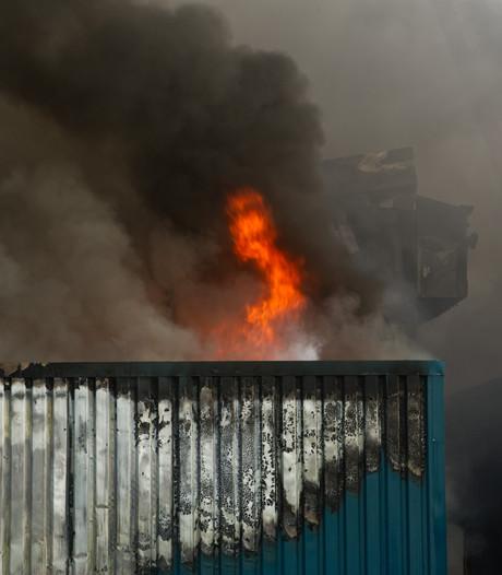 20.000 varkens dood door grootste stalbrand ooit
