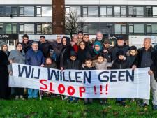 Bewoners Kanaleneiland in verzet tegen sloop: 'Doe goed onderhoud en laat ons hier wonen'