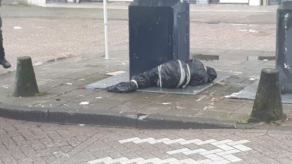'Ingepakt lijk' bij het vuilnis in Amsterdam blijkt pop te zijn