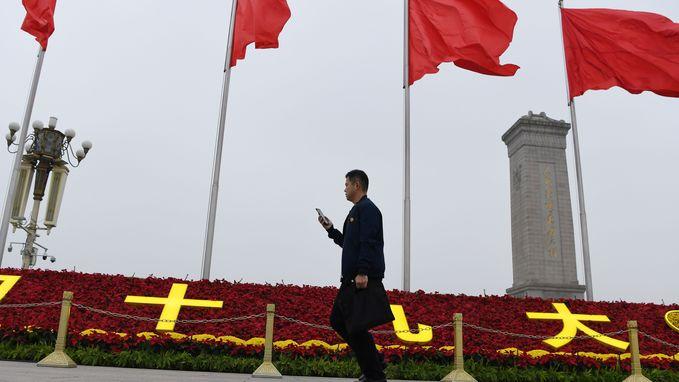 Man steekt zichzelf in brand voor start Communistisch Partijcongres in China