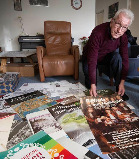 Petro (61) heeft overal kleine stukjes Nijmegen aan de muur hangen: 'Oudste affiche is van 1956'