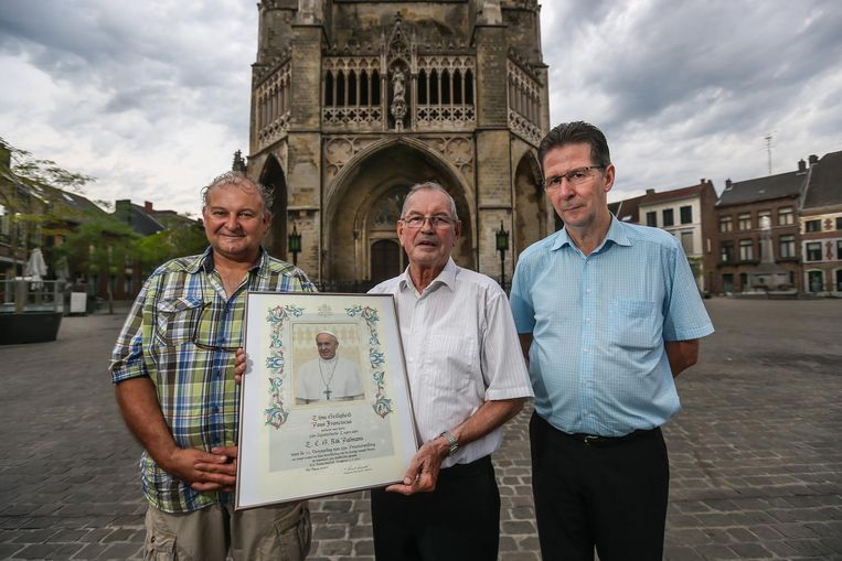 Deken Rik Palmans, samen met Danny Stas (links) en Tony Achtergaal (rechts).
