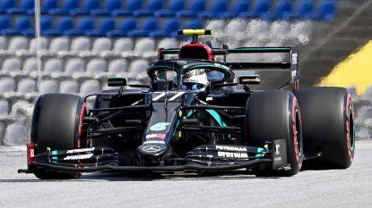 Bottas grijpt eerste pole van nieuwe Formule 1-seizoen na spannend onderonsje met Hamilton, Ferrari stelt teleur