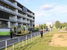 Politiehelikopter boven Utrechtse wijk Terwijde na val uit flatgebouw