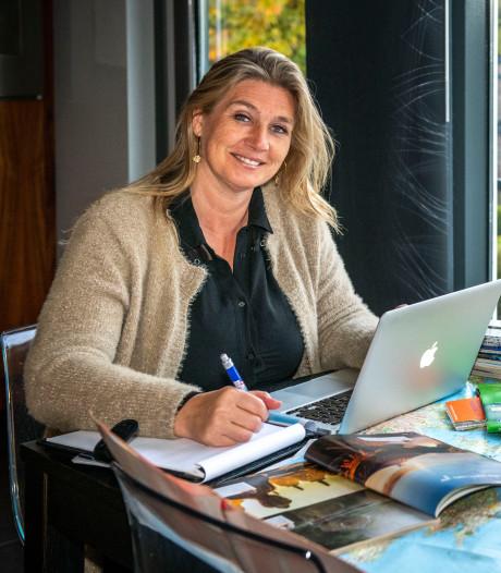Reisadviseur Karin Adriaanse uit  Hulst puzzelt graag voor de beste reis