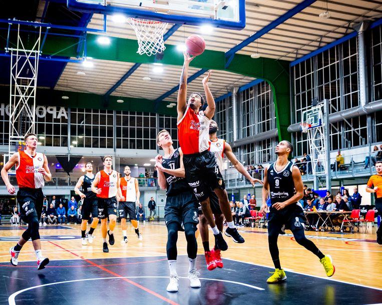 Apollo Amsterdam tegen Feyenoord Basketbal in de Apollohal in Zuid. Beeld BSR Agency