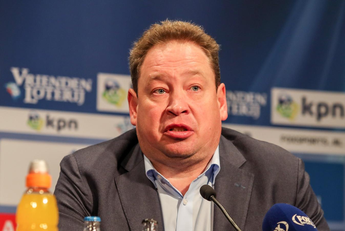 Sloetski bedankte tijdens de persconferentie iedereen bij Vitesse en in Nederland.
