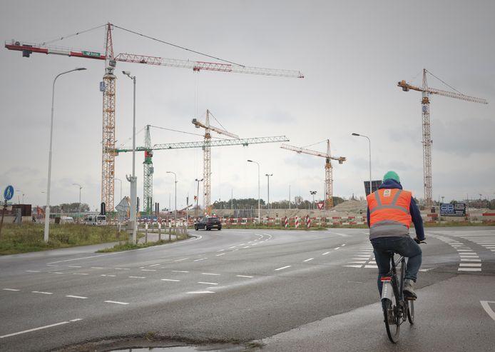 Kranenspel Nieuwe Sluis in aanbouw bij Terneuzen.