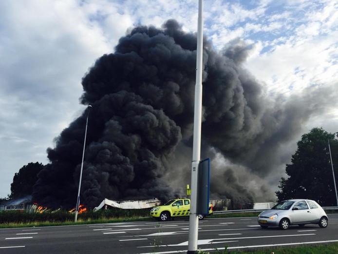 Een zeer grote brand aan de Koningshoeven in Tilburg.
