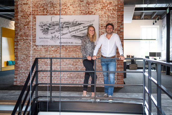 Dinant oude Elferink (directeur) en Romy Oerbekk (commercieel manager) van architectenbureau Building Desing, betrokken bij de ontwikkeling van De Krön II in Harbrinkhoek.