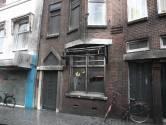 Vier zwaargewonden door explosie bij Teerkamer in Bergen op Zoom, huizen nog heel de dag zonder stroom