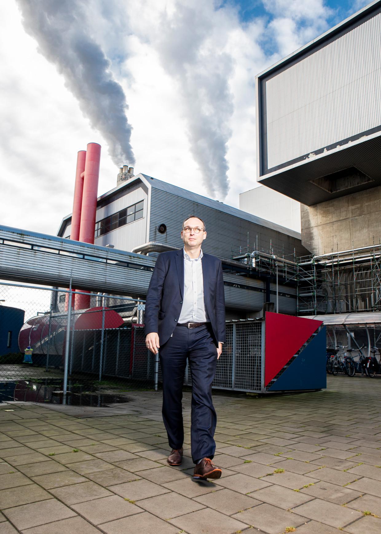 De gemeente Amsterdam moest AEB overeind houden met ruim 80 miljoen euro noodsteun.