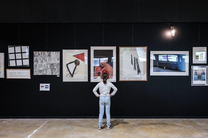 De gemeente Zevenaar verkoopt een deel van haar kunstcollectie.