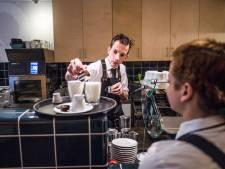 De man van Doppio in gaat solo: 'Arnhem wist niet hoe je cappuccino schreef'