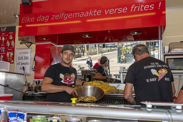 De snackwagen van Mick Luijcx en zijn ouders werd in 2013 nog verkozen tot leukste snackbar van Schouwen-Duiveland.