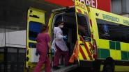 """LIVE. """"Zeker niet wegblijven bij huisarts of uit ziekenhuis"""" - Wat met de losse aanpak in Zweden? - Aantal Britse doden stijgt op één dag met 24 procent"""