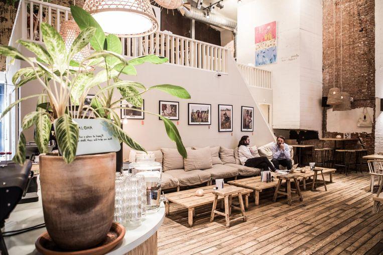In Coffee nad Coconuts zijn wat tafels laptopvrij, maar het overgrote deel is dat niet. Beeld Coffee and Coconuts