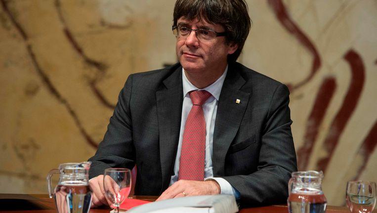 Rajoy verwijt de Catalaanse leider Carles Puigdemont dat hij geen dialoog wil voeren.