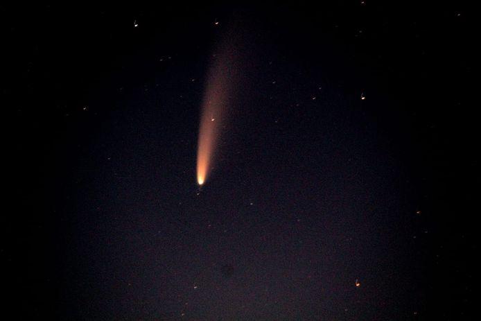 Komeet Neowise boven de Needse Berg
