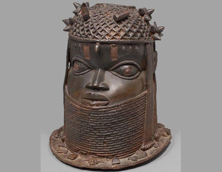 Beeld van een koning van het Beninrijk. Beeld Welt Museum Wien
