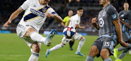 Zlatan door in play-offs, derby LA aanstaande