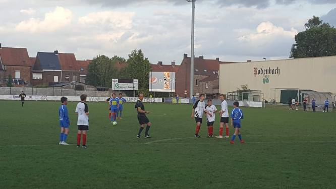 """Club Roeselare legt jeugdcompetitie stil: """"Bij sommige ploegen zit de helft van de spelertjes in quarantaine"""""""