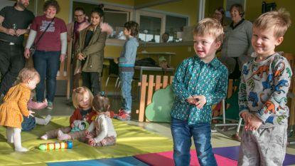 """Geen mondmaskers in stedelijke kinderopvang: """"Willen afschrikwekkend effect op kleine kinderen vermijden"""""""