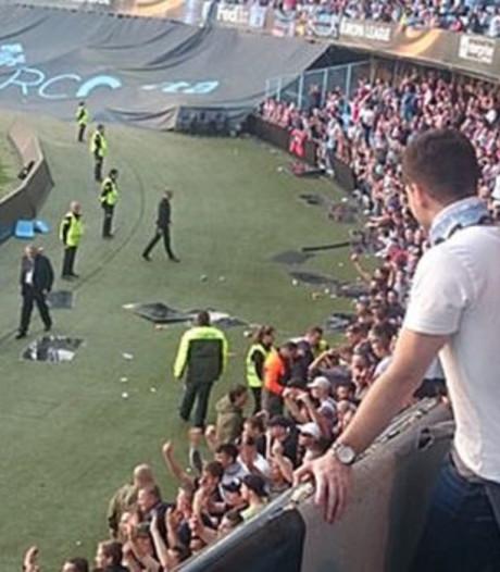 Ajax-fan moet flink dokken voor mishandeling Spaanse agenten