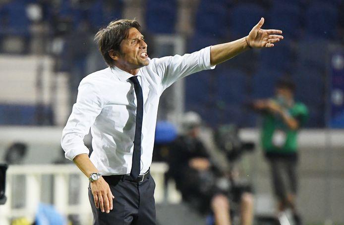 Antonio Conte van Internazionale tijdens het duel met Atalanta Bergamo.