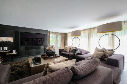 Poppelse villa van kop tot teen helemaal ingericht door topdesigner (en dat heeft zijn prijs)