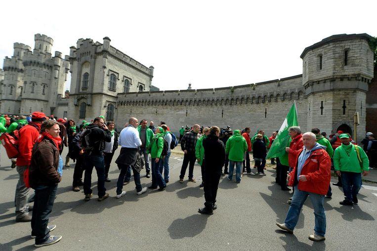 Archiefbeeld. De cipiersbonden van ACV en ACOD dekken vanaf vanochtend 6 uur alle stakingsacties in de gevangenissen. Daarmee protesteren ze tegen de geplande minimale dienstverlening.