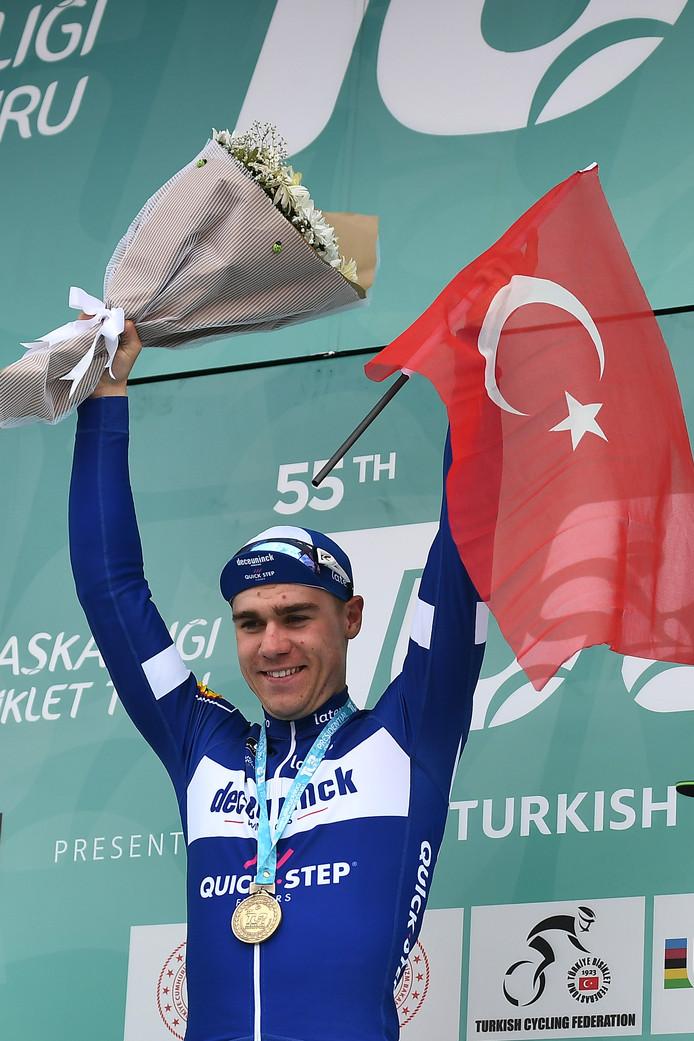 Fabio Jakobsen zegeviert in de Ronde van Turkije.