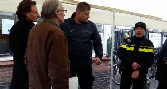 Cees Engel werd aangehouden toen hij Fort Oranje zondagmiddag bezocht.