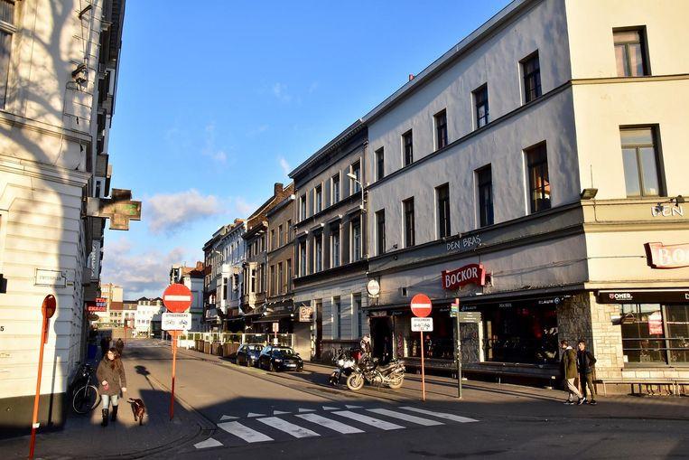 De feiten speelden zich gisterenmorgen vroeg af in de Burgemeester Reynaertstraat.