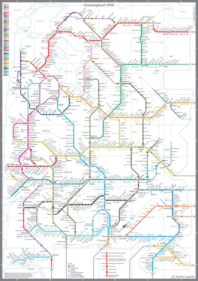 Sebas van den Brink maakte een metrokaart met alle Nederlandse snelwegen.